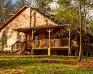 Cabins for Rent with wrap around porch