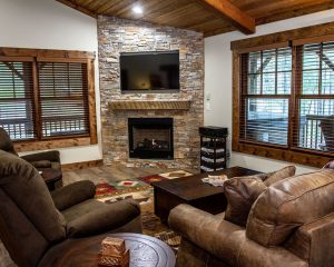 Cabin Rental with Fireplace
